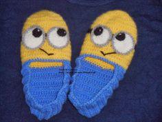 Rendas da Mãe: Pantufas Minion em crochet