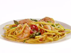 Linguine with Shrimp, Asparagus and Cherry Tomatoes Recipe : Giada De Laurentiis : Recipes : Food Network (added 1 can unsalted tomatos, spice to sauce) Giada Recipes, Fish Recipes, Seafood Recipes, Pasta Recipes, Cooking Recipes, Healthy Recipes, Recipes Dinner, Bread Recipes, Holiday Recipes