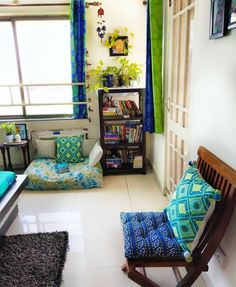 Fabulous Indian Home Decor Ideas - In recent years, ethnic home decor has become increasingly popular when deciding on a theme for decorating. Among the first of the choices in cultural. Home Room Design, Home Interior Design, Living Room Designs, Interior Colors, Diy Interior, Interior Styling, India Home Decor, Ethnic Home Decor, Home Decor Furniture