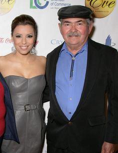 Eva Longoria et son papa - DIAPO Les stars et leur papa - Voici