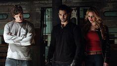 Isaac, Derek and Erica watch as Jackson ingests the kanima's venom.  Photo by MTV