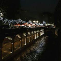 #Mantova #beautifulview #passeggiata #profumodinatale #centrostorico #luminarie #JF #JFproject #inspiration #mantua #spettacolo #MN #città #love #lovemycity #mantovalove #visitmantua #igmantova #ig_mantova #ig_lombardia #beautiful #lombardia #italy