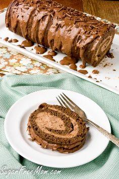 Low Carb Sugar-Free Chocolate Tiramisu Cake roll (Nut and Grain Free) Bolo Tiramisu, Chocolate Tiramisu, Low Carb Chocolate, Sugar Free Chocolate, Chocolate Desserts, Chocolate Lovers, Chocolate Roll, Chocolate Cake, Desserts Keto