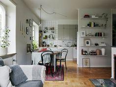 Study Room Decor, Home, Flat Interior Design, Ikea Small Apartment, Home Deco, Flat Decor, Retro Home, Interior Inspo, Interior Design Furniture