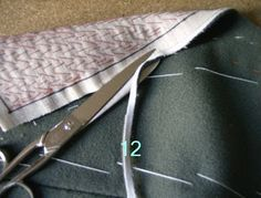 Sewing Techniques Advanced The Great Coat Sew-Along: Shaping the Lapels and Collar: a tutorial from Paco Peralta Easy Sewing Projects, Sewing Hacks, Sewing Tutorials, Sewing Coat, Love Sewing, Tailoring Techniques, Sewing Techniques, Sewing Collars, Modelista