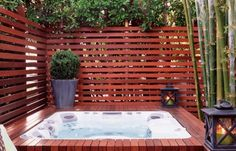 45 Ideas Backyard Design With Hot Tub Privacy Screens For 2019 Hot Tub Pergola, Hot Tub Deck, Hot Tub Backyard, Backyard Privacy, Backyard Fences, Diy Pergola, Pergola Ideas, Backyard Ideas, Pergola Plans