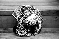 Custom Helmet: Here Comes Trouble -ℛℰ℘i ℕnℰD by Averson Automotive Group LLC Motorcycle Helmet Design, Biker Helmets, Cafe Racer Helmet, Motorcycle Tank, Racing Helmets, Motorcycle Parts, Retro Helmet, Vintage Helmet, Arte Sharpie