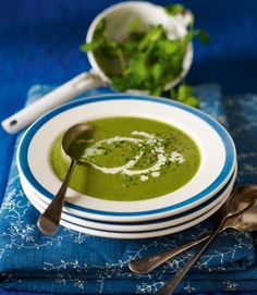 Spinach,-watercress-and-pea-soup