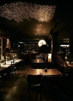 Oliver and the Black Circus: Restaurant 3 courses for 300, 4 for 375, 5 for 440