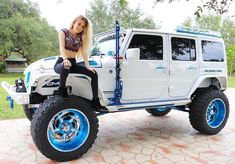 Girl ☆in crop top & black jeans with holes ) jeep rubicon, jeep wran Jeep Wrangler Girl, Jeep Wrangler Unlimited, Jeep Rubicon, Jeep Wranglers, Jeep Wrangler Lifted, Jeep Wrangler Accessories, Jeep Accessories, Jeep Jk, Jeep Truck