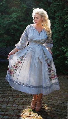 """Купить Уникальное вышитое платье с ручной росписью """"Сады Эльфиры"""" - голубой, рисунок, платье с росписью"""