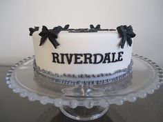 mijntaartcreaties: Riverdale Riverdale Merch, Riverdale Cw, Riverdale Funny, Gateau Harry Potter, 14th Birthday Cakes, Movie Cakes, Riverdale Characters, Sweet 16 Birthday, Cute Cakes