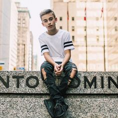 Just posted the behind the scenes of the Let Go music video on YouTube Check it out❤️ (YouTube/Johnnyosings)