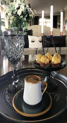 Coffee Love, Coffee Art, V60 Coffee, Coffee Cups, Coffee Maker, Christmas Photography, Turkish Coffee, Chocolate Coffee, Morning Coffee