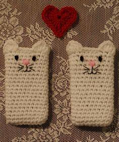 crochet phone case cat
