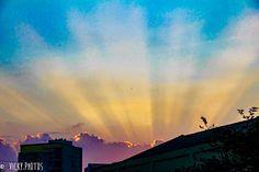 Todo dia é dia de agradecer ... mas hoje é especial !!! Agradecer pela vida, pelas graças recebidas !!! 🙏🏻🙏🏻🙏🏻 #diadeacaodegracas #happythanksgiving #pazebem #decorecomfoto #sunset @vicky_photos_infantis https://www.facebook.com/vickyphotosinfantis http://websta.me/n/vicky_photos_infantis https://www.pinterest.com/vickydfay https://www.flickr.com/vickyphotosinfantis