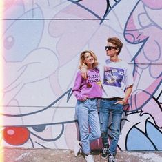 love them uploaded by Clara ⋈ on We Heart It Joe And Zoe Sugg, Joe Sugg, Zoella Outfits, Balage Hair, Zoella Hair, Sugg Life, Siblings Goals, British Youtubers, Girl Online