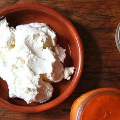 Making fresh ricotta cheese at home is as easy as the Barefoot Contessa (Ina Garten) promises. And it is SO delicious. Homemade Ricotta Cheese Recipe, Whole Milk Ricotta Recipe, Home Made Ricotta Cheese, Goat Cheese, Milk Recipes, Cooking Recipes, Pasta, How To Make Cheese, A Table