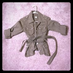 Army Green Guess Military Jacket Worn once. Army green colored guess 3/4 sleeve jacket. Front tie and 4 pockets on front. Guess Jackets & Coats