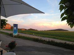 Fenster-Schmidinger in Gramastetten in Oberösterreich! Ihr Spezialist für Fenster, Türen & Wintergärten. Besuchen Sie unseren Schauraum nur 15 Kilometer nördlich von Linz oder im Internet: www.fenster-schmidinger.at