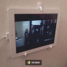 Mount your tablet anywhere using self-adhesive plastic hooks.