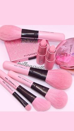 Картинка с тегом «makeup, pink, and lipstick»