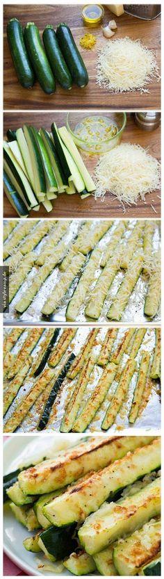 Tolle Rezept Idee - Zucchini lecker einfach + schnell -  mit Knoblauchöl und Parmesan aus dem Backofen *** Healthy quick + easy - Vegetable Oven Recipe - Zucchini with garlic oil and Parmesan