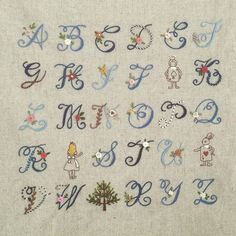 The Beauty of Japanese Embroidery - Embroidery Patterns Pillow Embroidery, Embroidery Alphabet, Embroidery Monogram, Machine Embroidery Patterns, Ribbon Embroidery, Embroidery Stitches, Embroidery Designs, Polka Dot Mittens, How To Embroider Letters