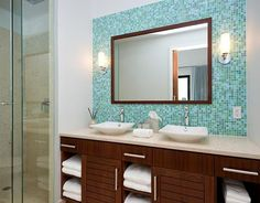 what a great bathroom design - from the glass tiles to the modern sinks just love it. -House of Turquoise -- colors & big mirror! House Of Turquoise, Turquoise Tile, Turquoise Bathroom, Ideas Baños, Tile Ideas, Mosaic Bathroom, Bathroom Wall, Bathroom Storage, Modern Sink