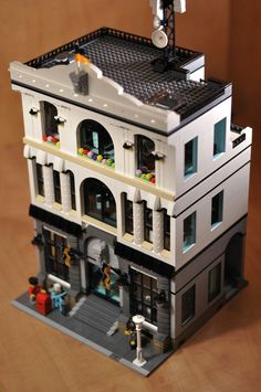 Police Headquarters - Modular Building I have seen other designs of police buildings in the past but none ever really captured the look and feel of a real police station. I wa...