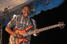 Macheso star fading? Latest Bulawayo show venue raises eyebrows - http://zimbabwe-consolidated-news.com/2017/03/26/macheso-star-fading-latest-bulawayo-show-venue-raises-eyebrows/