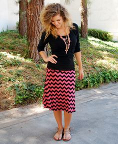Coral & Black Chevron Midi - Click Image to Close