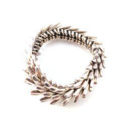 Stoere zilveren armband! Met deze armband val je zeker op! Te combineren met stoere zilveren of gekleurde sieraden! www.styledbyroro.com