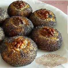 Haşhaşlı Sultan Tatlısı  125 gr tereyağı (… Stollen Recipe, Biscuits, Doughnut, Muffin, Food And Drink, Fruit, Cooking, Breakfast, Cake