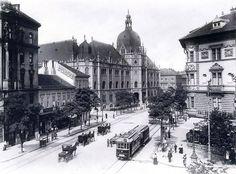Ilyen is volt Budapest - évek, Üllői út a Nagykörútnál Old Pictures, Old Photos, Historical Photos, Time Travel, Hungary, Tao, Taj Mahal, The Past, Marvel