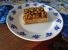 Medovo-orechový koláč