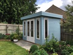 Painted in pale blue, contemporary style. Contemporary Garden Rooms, Contemporary Decor, Blue Shed, Painted Shed, Garden Studio, Garden Office, Diy Patio, Outdoor Storage, Decor Styles