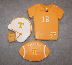 Tennessee Football Cookies Tenpenny your fav! Football Sugar Cookies, Football Treats, Iced Sugar Cookies, Tennessee Football, Ut Football, 10th Birthday Parties, 10 Birthday, Orange Country, Cooking Cookies