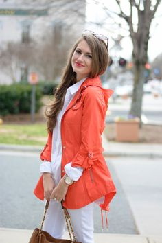 Cute spring look for a rainy day- French Connection coral trench coat Preppy Style, Style Me, Pretty Outfits, Cute Outfits, Southern Curls And Pearls, Raincoat Outfit, Cute Jackets, Black Jackets, Casual Jackets
