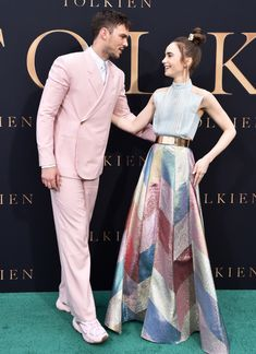 Look Fashion, High Fashion, Fashion Outfits, Womens Fashion, Fashion Design, Lily Collins Style, Aesthetic Clothes, Medium Hair Styles, Stylish Outfits