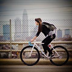 awesome bike girl... #fixedgear
