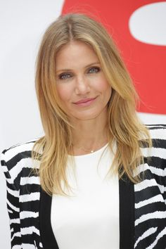 Inspiration for hidden layers around the face and front sections of my hair to give it movement and natural-looking shape.