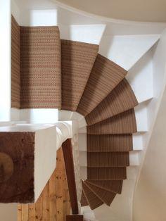 Roger Oates Jaspe Mulberry Stair Runner #Flooring #StairRunner #InteriorDesign #Decor