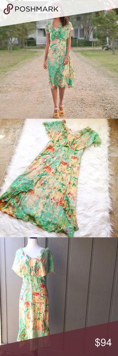 "Sundance Silk Boho Floral Modest Chic Dress Size 6 Material: Shell: 100% Silk, Lining: 100% Polyester Measurements: Length: 44"", Waist: 30"", Chest: 36"" Condition: Like New RN106205 Sundance Dresses Midi"
