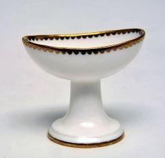 C 1765 Soft, Gilt French, Eye Bath, Irritated Eye, Medicamento Antiguos, Interesting Object, Bath Infection, Upper Class, Sevres Porcelain