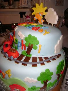 Side view and train cake