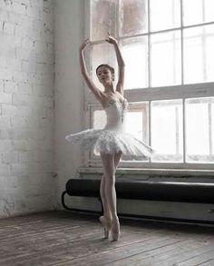 Alèna Grivninâ | Bolshoi Ballet Academy |  Daria Chenikova