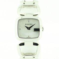 【中古】GUCCI(グッチ) 125.5 スクエア 3Pダイヤ デザインブレスレット クオーツ SS ホワイトシェル文字盤/ブレス感覚でお使いいただけるクオーツ。ホワイトシェルの文字盤に3Pのダイヤが上品に輝きます。/新品同様・極美品・美品の中古ブランド時計を格安で提供いたします。