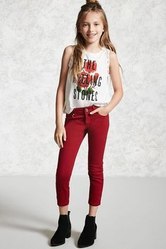 21 Girls - A pair of skinny ankle jeans featuring a five-pocket construc. - дитяча мода -Forever 21 Girls - A pair of skinny ankle jeans featuring a five-pocket construc. Cute Outfits For School, Cute Girl Outfits, Kids Outfits Girls, Summer Outfits, Girls Dresses, Preteen Fashion, Kids Fashion, Look Fashion, Fashion Outfits