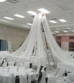 I did this myself at a wedding I did for a friend but this looks so much easier #weddingdecoration